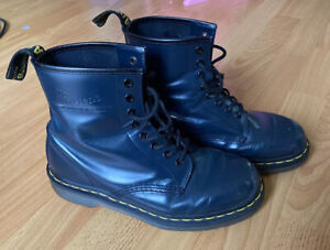 Vintage Dr Martens Boots Airwair England Navy Eyelet Combat Womens Size 8 -39 EU