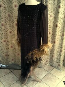 Drag Queen Black/glitter1sided dress, matching turban Beige/Brown feathers 20/22