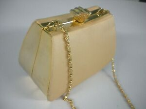 JESSICA MCCLINTOCK GOLD COLOR METAL CHAIN & TRIM 100% SATIN SIDES EVENING BAG