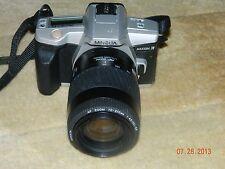 MINOLTA MAXXUM 3 SILVER, AF ZOOM 70-210MM 1:4.5(22)-5.6 1.1m/3.6ft MACRO lens