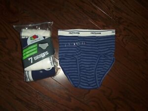 NEW 7 PACK FRUIT OF THE LOOM TAG FREE BOYS BRIEFS:  SIZE:14/16