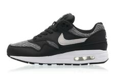 Nike Air Max 1 SE (GS) trainers UK size 5
