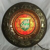 Vintage Old Style Lighted Beer Sign.  Tested.  Flashes!  Very Hard to Find!