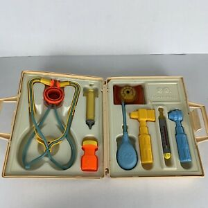FISHER PRICE MEDICAL KIT PLAY SET Vintage 1977 # 936 Complete
