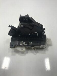 50 X Clip de retención Estampado rejilla de metal cabe Ford 387944-S Nylon Negro