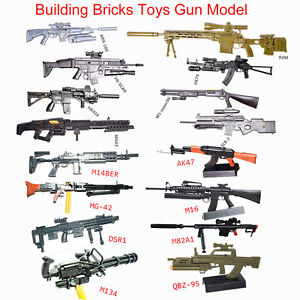 8Pcs 1/6 Toys Rifle Machine Gun Assemble Model AK74 M134 Brick Soldier Weapon