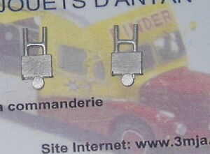 2 plaques arrières pour camions 1/50 (PA546)