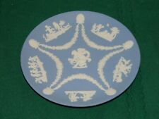 Wedgwood Jasperware Pale Blue Collector Society Round Plate Cupid & bow Center