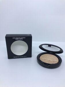 NIB MAC Extra Dimension Skinfinish Highlighter WHISPER OF GILT Full Size .31 oz.