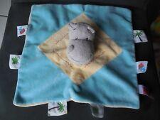 522/ doudou plat hippopotame jaune bleu palmiers INFLUX
