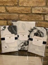 Pottery Barn Teen Emily Meritt Black & White Bed of Roses Full Queen Duvet Sham