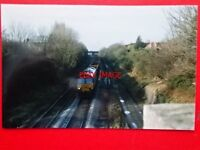 PHOTO  CLASS 66 DIESEL LOCO NO 66070 AT CHURCHDOWN 9/2/00