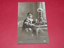CPA CARTE POSTALE 1915 BONNE ANNEE GARCON BUREAU FLEURS