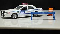 Greenlight New York Police Ford Crown Victoria Interceptor Mint Set Included