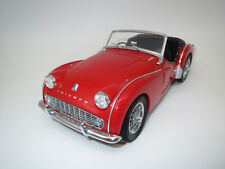 Kyosho Triumph  TR3A  (rot) 1:18 ohne Verpackung !!