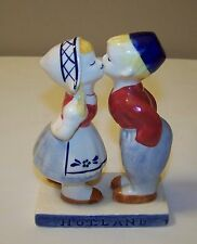 Handpainted Delft Blue Holland Boy & Girl Kissing Figurine