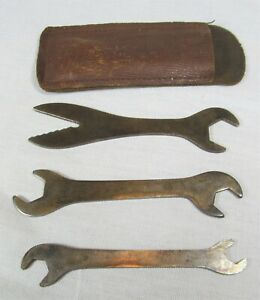 Vintage - Bicycle Wrench Set - Radio-Lectric Bike Wrenches - 3 Piece Set - Case