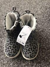 Next Bebé Botas, gran impresión del leopardo BNWT Uk3 19 euros