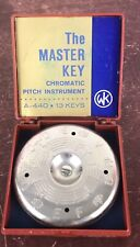 Vtg iw/Box The Master Key Chromatic Pitch Instrument Pipe A-440 13 key/Untested