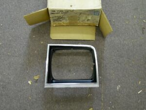 NOS PONTIAC 1981 T1000 HEADLAMP CHROME BEZEL DRIVER SIDE  u