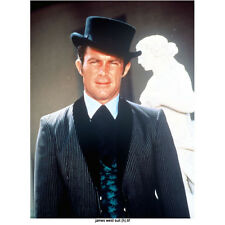 The Wild Wild West Robert Conrad Wearing Suit and Top Hat 8 x 10 Inch Photo