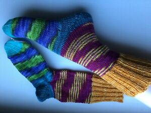 1 Paar handgestrickte Socken handgefärbter 6-fach Sockenwolle Gr.35/36 bunt