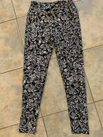 LuLaRoe Womens One Size fits 2 to 12 Simply Comfortable Black/White Leggings