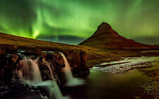 Framed Print - The Northern Lights (Aurora Borealis Atmosphere Picture Poster)