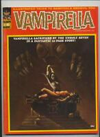 Vampirella #8 Very Fine Minus (7.5) Warren Magazine (1970) Ken Kelly Cover