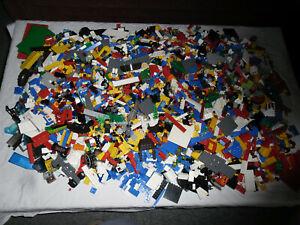 Großer Karton 12 kg LEGO Sammlung Konvolut mit Steine Figuren etc.