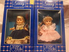 00004000 World of Ginny Vogue Dolls Litttle One and Holiday Girl