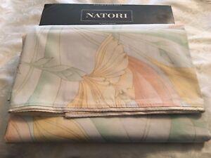 NIP Natori Silk Flowers Floral 200TC Twin Flat Sheet
