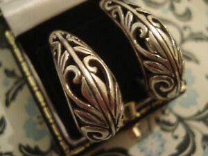 Beautiful,Finely Crafted Sterling Silver Scrolling Openwork Hoop Design Earrings