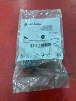 NEW IN BAG ALLEN BRADLEY RED PUSHBUTTON 800FP-F4 SERIES A