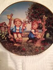 """8 1/2"""" M.J Hummel """"Apple Tree Boy and Girl"""" Collectible Plate # Mj476"""