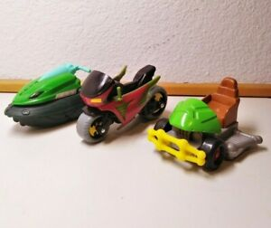 Lot of 3 Action Figure Super Hero Vehicles Batman DC Comics TMNT Viacom