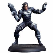 DC Universe Miniatures Game: Superman Black Suit