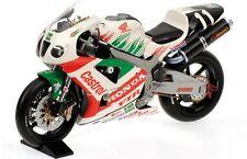MINICHAMPS 122 001446 HONDA VTR 1000 V Rossi & C Edwards 8hr Suzuka 2000 1:12th