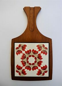 Wyncraft retro tiled cheese board in very good condition.