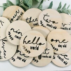 18 Wooden Baby Scandi Milestone Cards Discs - Baby Gift - Baby Shower - New Mum