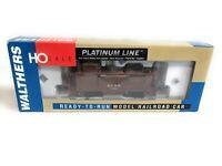 Walthers Platinum Line HO Scale ATSF Santa Fe 1300 Series Wood Caboose #7585