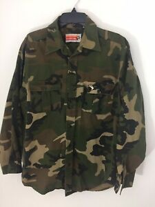 Vintage Winchester Mens Medium Camo Button Up Shirt Hunting Logo Mint Condition
