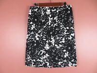 SK08675- TALBOTS Woman 98% Cotton Pencil Skirt Black White Floral Sz 12 MINT