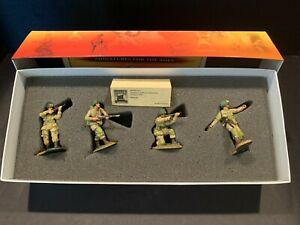 """CONTE COLLECTIBLES WWII-013 D-DAY """"AMERICAN AIRBORNE ATTACKING"""" 4 FIG. PRE-OWNED"""