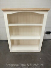 HAMPSHIRE PAINTED 4' X 3' BOOKCASE /SOLID PINE - SOLID OAK - IVORY