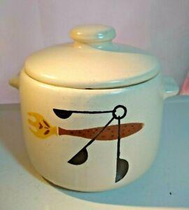 Vintage WestBend Stoneware Bean Pot Kitchen Utensil Pattern MCM Retro