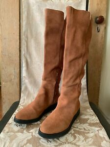 Women's Tan Suede Knee-High Almond Toe Boot Size 8