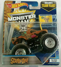 """2017 Hot Wheels Monster Jam """"Scooby-Doo"""" Includes Team Flag, Ships World Wide"""