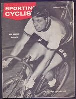 46 page Magazine Coureur Sporting Cyclist February 1963  (CM1)