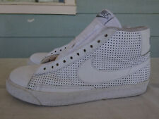 NIKE BLAZER HIGH PERFORATED WHITE ON WHITE STEALTH SKULLS 315877-111. SIZE 10.5